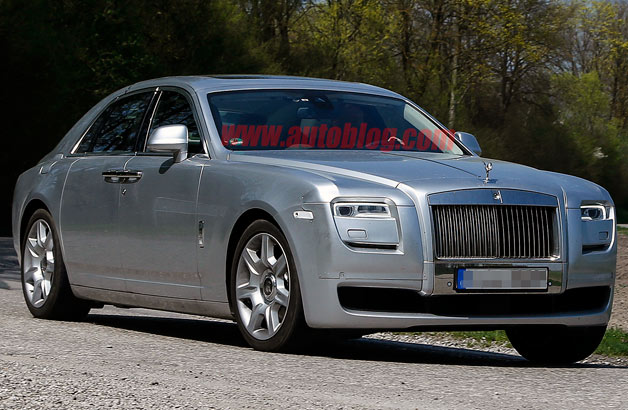 rolls royce ghost getting a nip and tuck. Black Bedroom Furniture Sets. Home Design Ideas