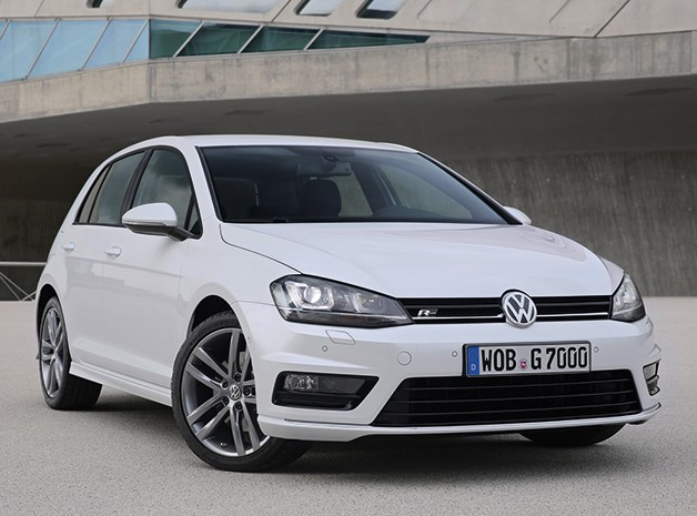 Volkswagen introduces R-Line equipment for latest Golf
