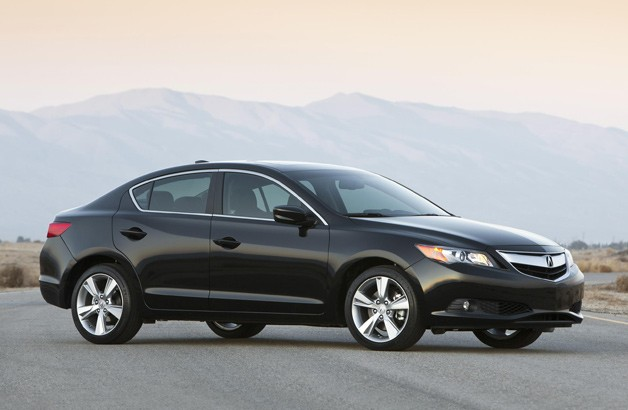 ​2014 Acura ILX sedan - front three-quarter view