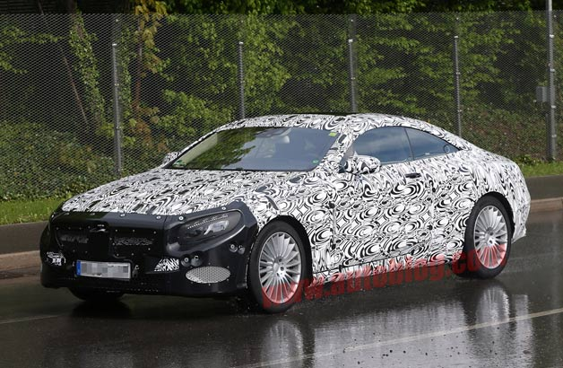 Mercedes-Benz S-Class Coupe prepares to stick on latest sedan