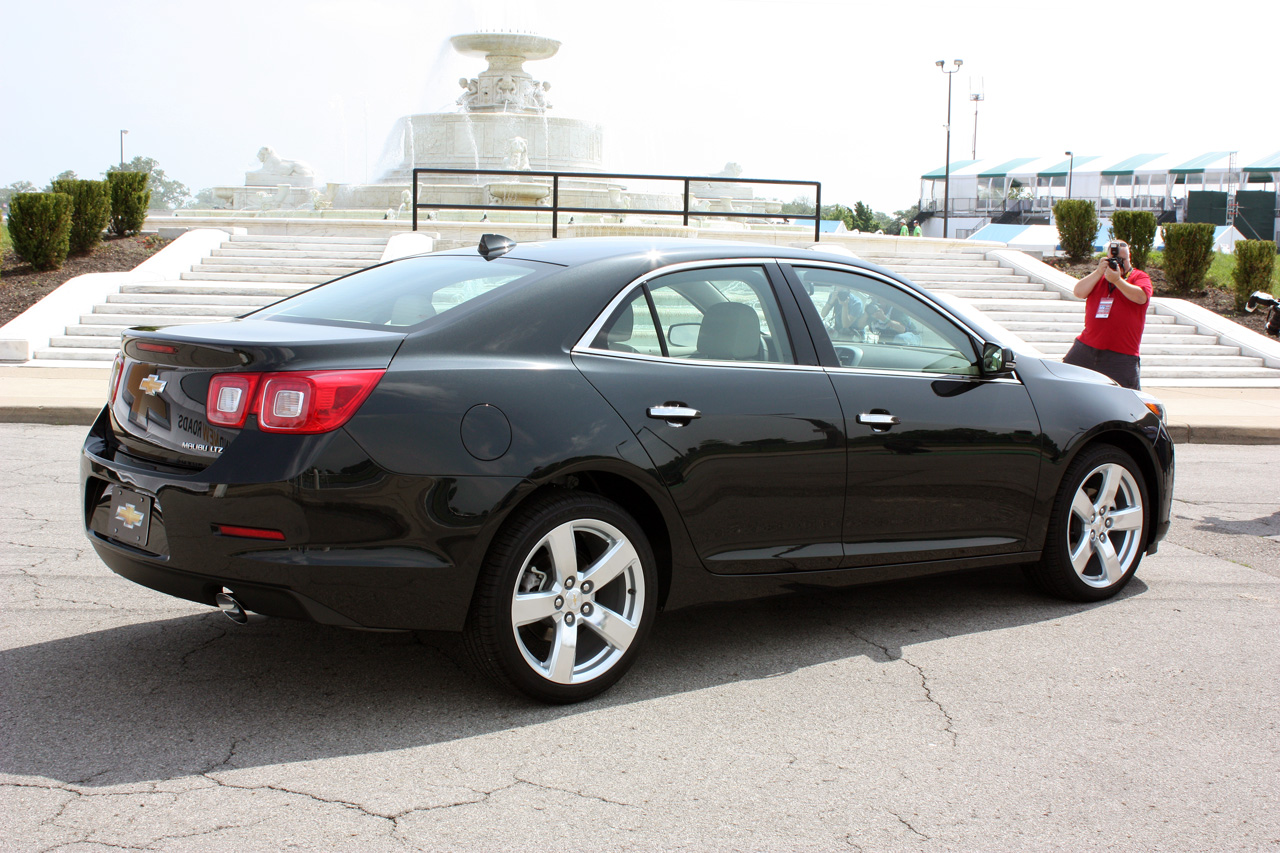 2014 chevy malibu rated at 25 36 mpg priced from 22 140. Black Bedroom Furniture Sets. Home Design Ideas