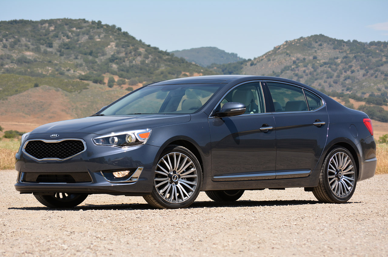 2014 kia cadenza first drive photo gallery autoblog. Black Bedroom Furniture Sets. Home Design Ideas