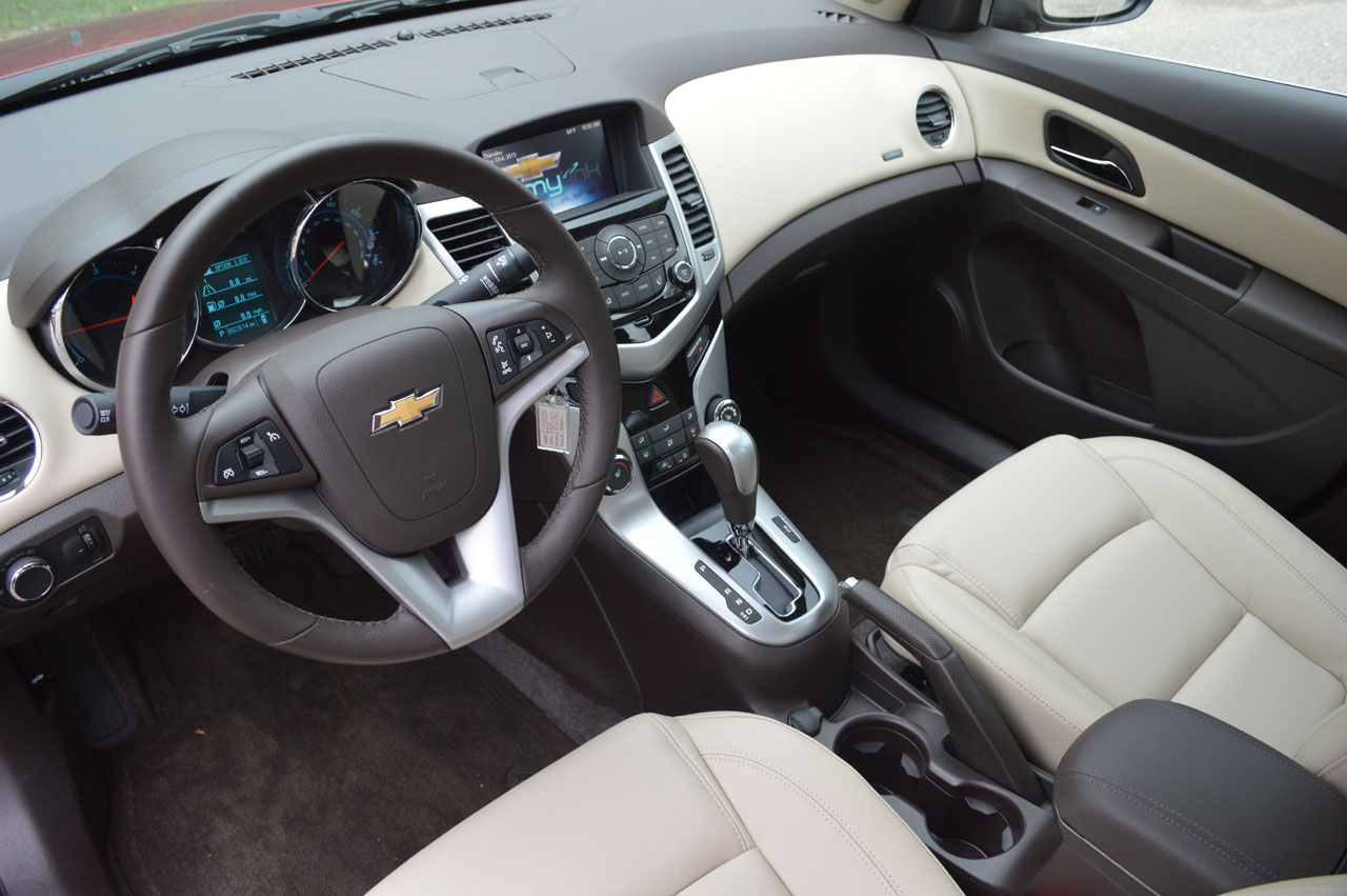 2014 chevrolet cruze turbo diesel quick spin photo autos. Black Bedroom Furniture Sets. Home Design Ideas