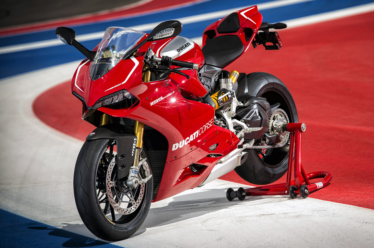 2014 ducati 1199 panigale r autoblog. Black Bedroom Furniture Sets. Home Design Ideas