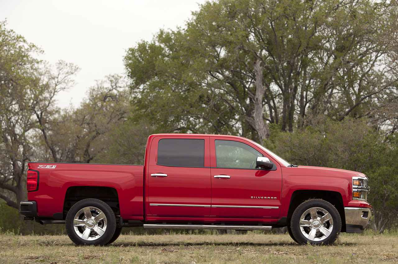 2014 chevrolet silverado first drive photo gallery autoblog. Black Bedroom Furniture Sets. Home Design Ideas