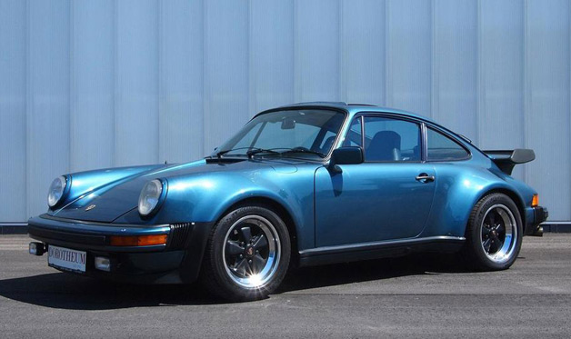 1976-1979 Porsche 930 - front three-quarter view, blue