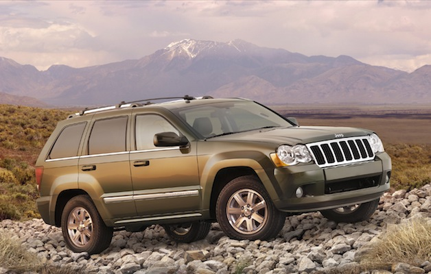 chrysler recalls 468 700 jeep grand cherokees commanders. Black Bedroom Furniture Sets. Home Design Ideas