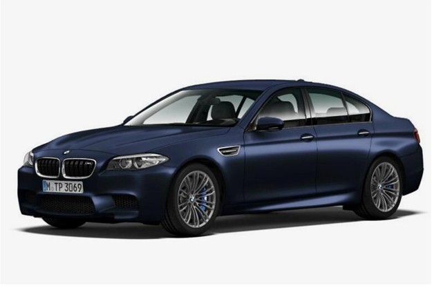 2014 BMW M5 leaked image - front three-quarter, blue