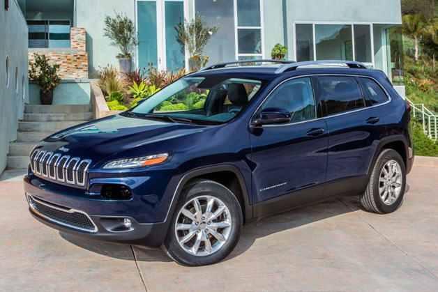 2014 Jeep Cherokee - front three-quarter view