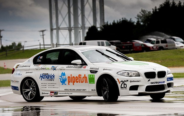 BMW sets Guinness record for longest drift with new M5 [w/video]