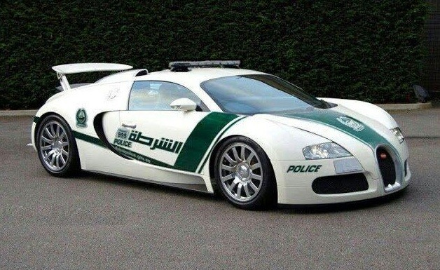 of course dubai police add bugatti veyron to fleet. Black Bedroom Furniture Sets. Home Design Ideas