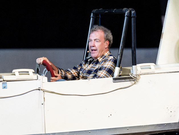 Jeremy Clarkson driving homebuilt dragster-like thing