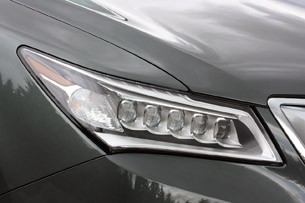 2014 Acura MDX headlight