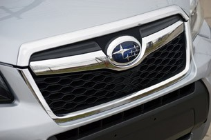 2014 Subaru Forester XT grille