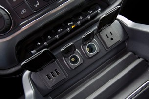 2014 Chevrolet Silverado power outlets