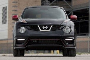 2013 Nissan Juke Nismo front view
