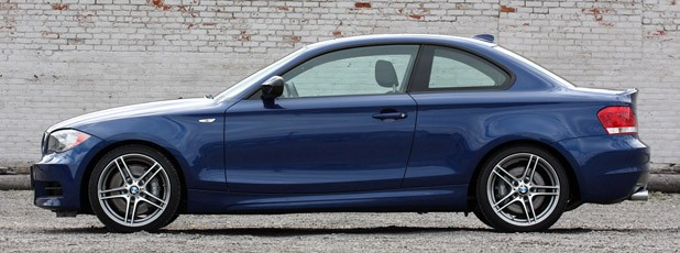 2013 BMW 135is side view