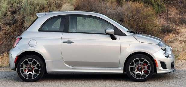 2013 Fiat 500 Turbo side view