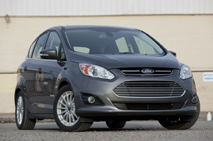 2013 Ford C-Max Hybrid front 3/4 view