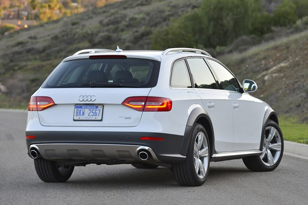 2013 Audi Allroad 2.0T Quattro rear 3/4 view