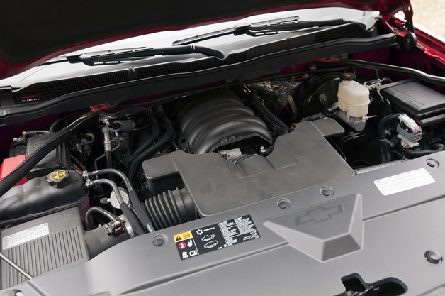 2014 Chevrolet Silverado engine