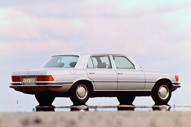 1975-1981 Mercedes-Benz 450 SEL 6.9 - rear three-quarter view