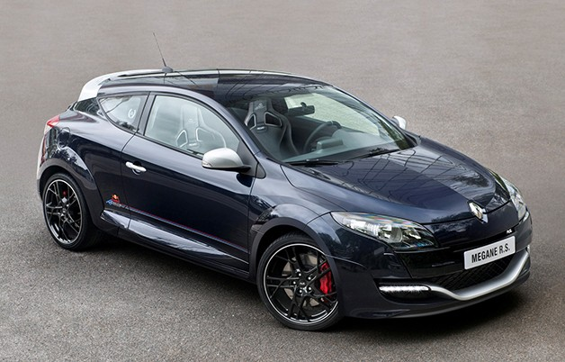 Renault Mégane R.S. Red Bull Racing RB8 - front three-quarter view