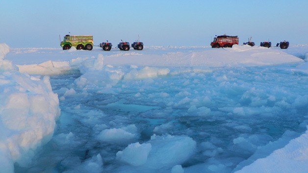 Bus expedition from Russia to Canada via North Pole - shot on ice