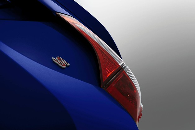2014 Toyota Corolla teaser - S badge and taillamp