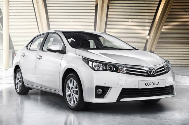 2014 Toyota Corolla shows its new Euro-spec nose [w/poll]