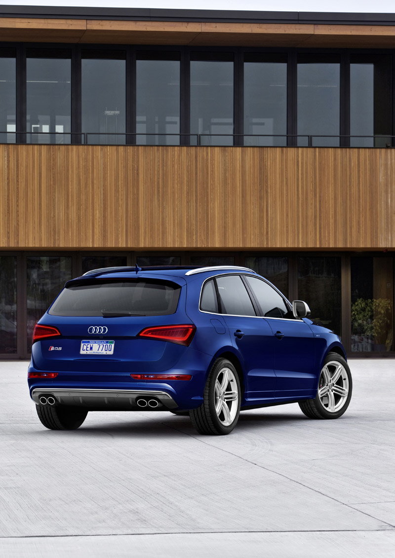 audi sq5 comes to america with 354 hp gasoline engine autoblog. Black Bedroom Furniture Sets. Home Design Ideas