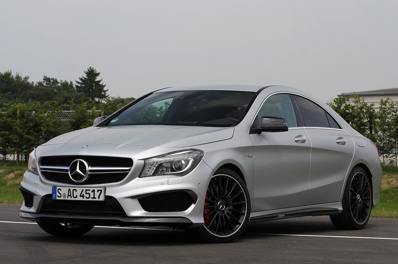2014 mercedes benz cla45 amg autoblog for Mercedes benz 2014