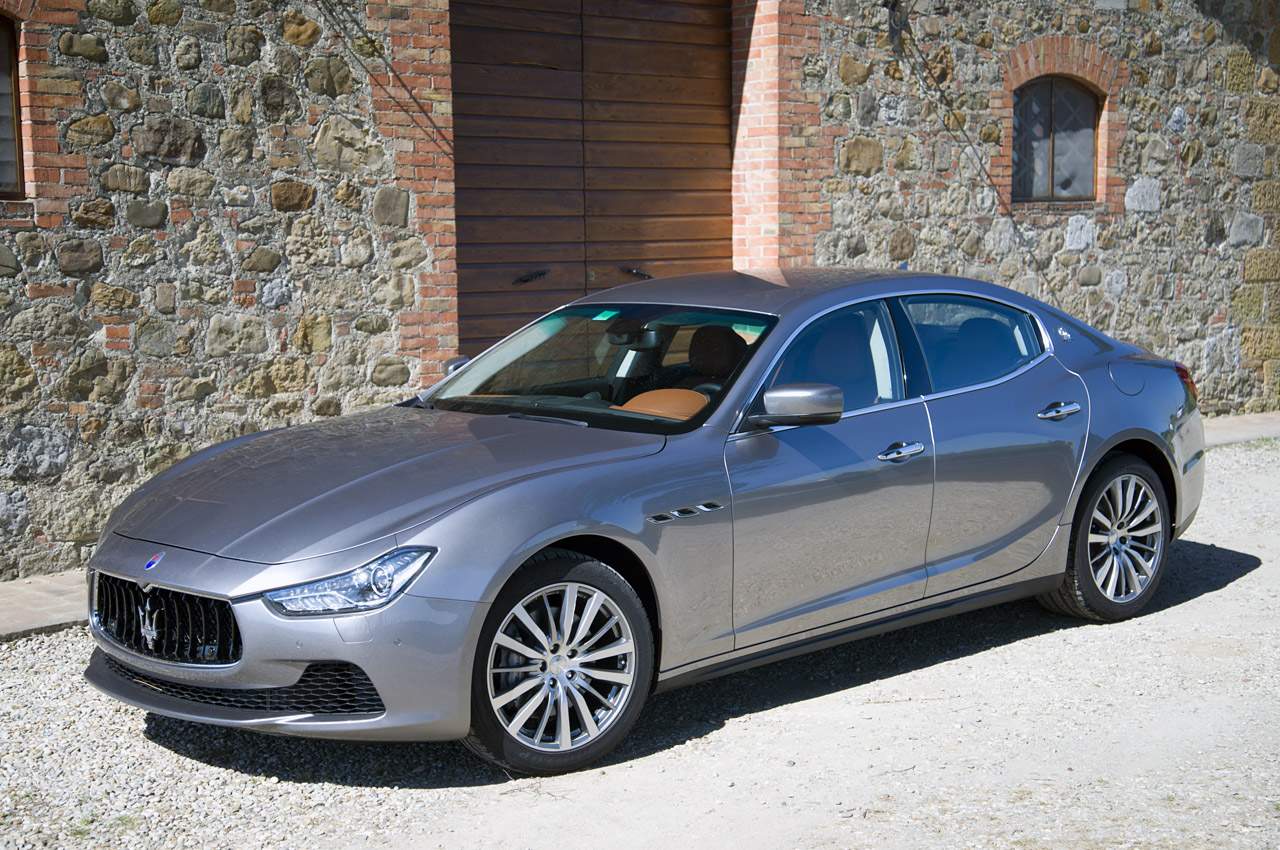 maserati ghibli pricing announced for uk autoblog. Black Bedroom Furniture Sets. Home Design Ideas