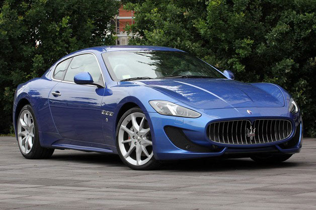 2013 Maserati GranTurismo Sport - front three-quarter view