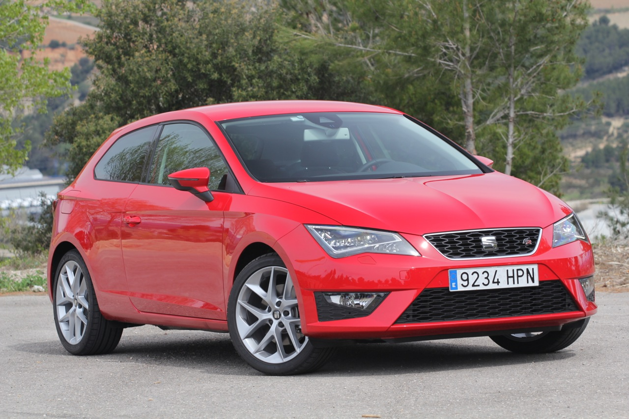 2013 seat leon sc quick spin photo gallery autoblog. Black Bedroom Furniture Sets. Home Design Ideas