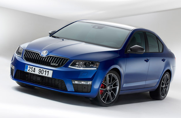 2013 Skoda Octavia vRS - sedan - front three-quarter view