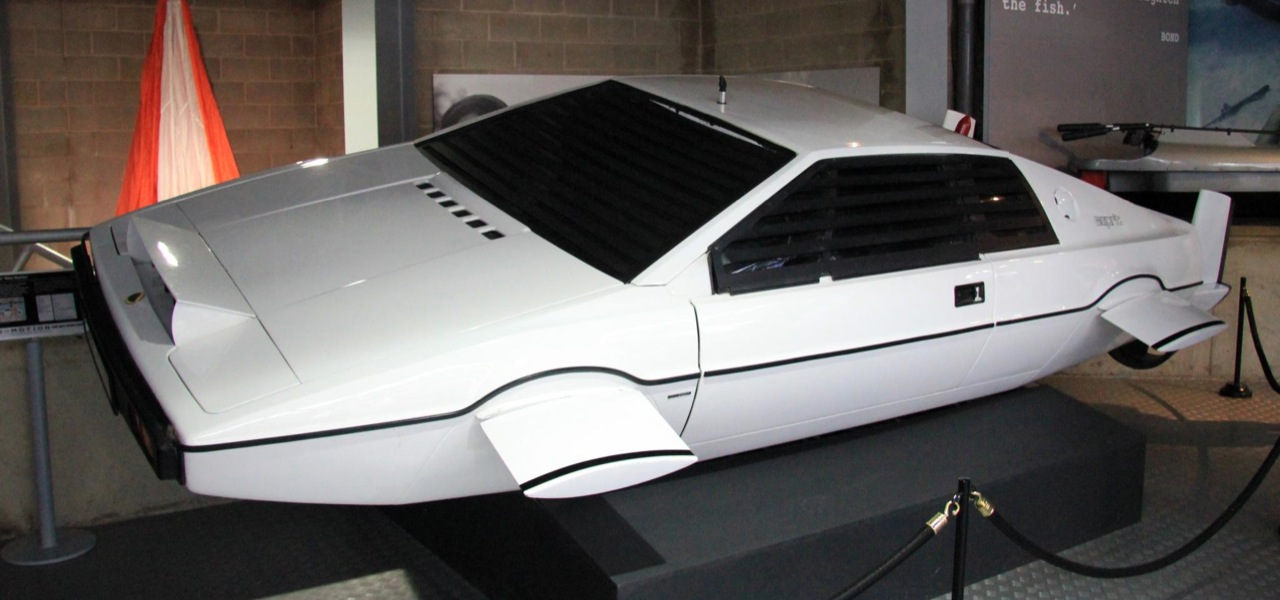 james bond lotus esprit submarine car headed to auction w video autoblog. Black Bedroom Furniture Sets. Home Design Ideas