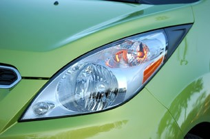 2013 Chevrolet Spark headlight