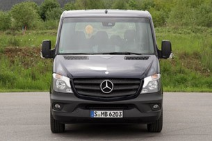 2014 Mercedes-Benz Sprinter front view