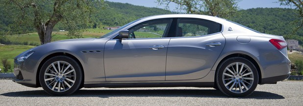 2014 Maserati Ghibli side view