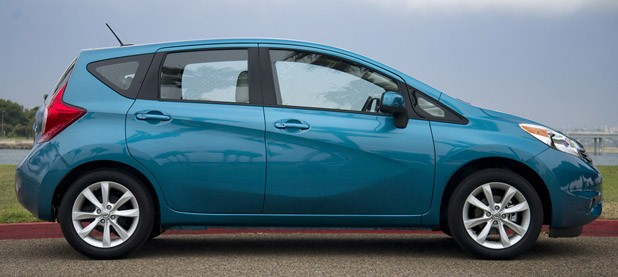 2014 Nissan Versa Note side view
