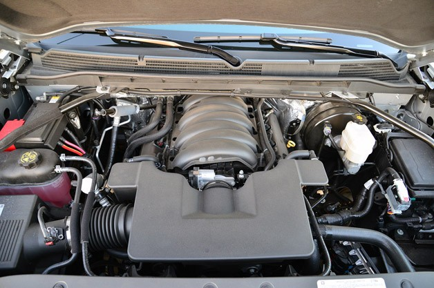 2014 GMC Sierra engine
