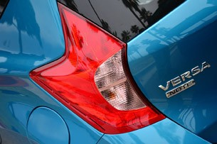 2014 Nissan Versa Note taillight