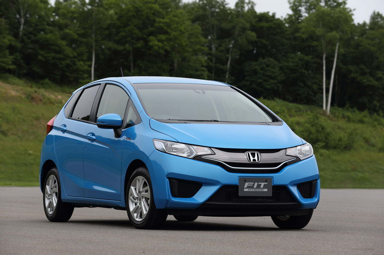 2015 honda fit hybrid photo gallery autoblog. Black Bedroom Furniture Sets. Home Design Ideas