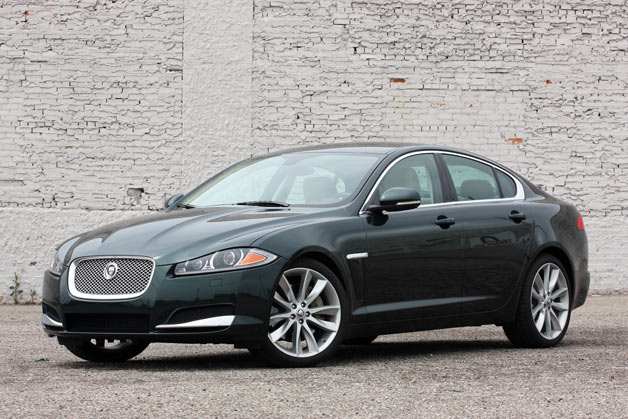 2013 Jaguar XF 3.0 Supercharged - front three-quarter view, dk. green