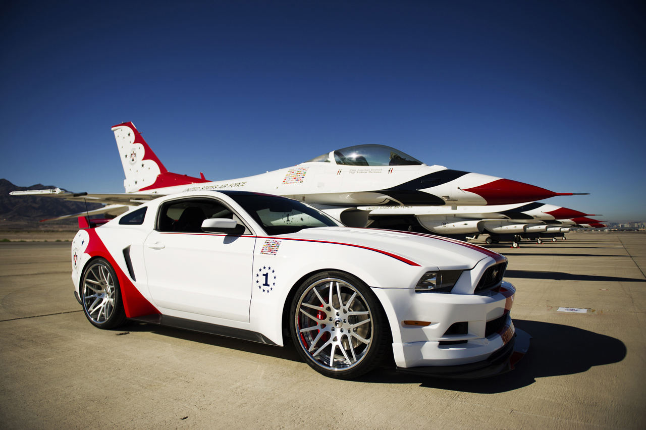 2014 ford mustang gt usaf thunderbirds edition photo gallery autoblog. Black Bedroom Furniture Sets. Home Design Ideas