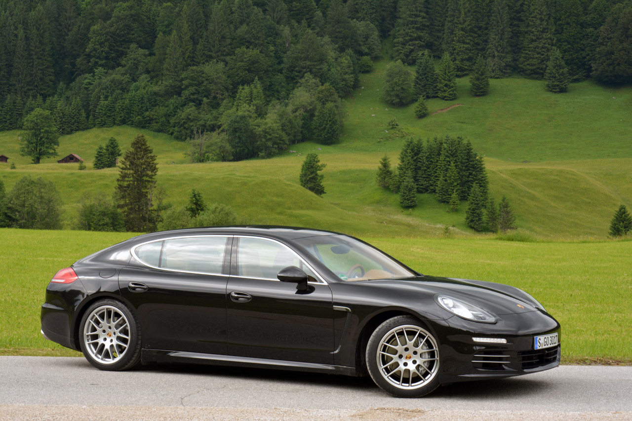 2014 porsche panamera 4s executive quick spin photo gallery autoblog. Black Bedroom Furniture Sets. Home Design Ideas