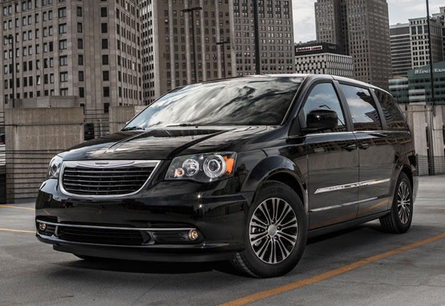 chrysler recalling over 280k minivans because airbags may deploy on wrong side. Black Bedroom Furniture Sets. Home Design Ideas