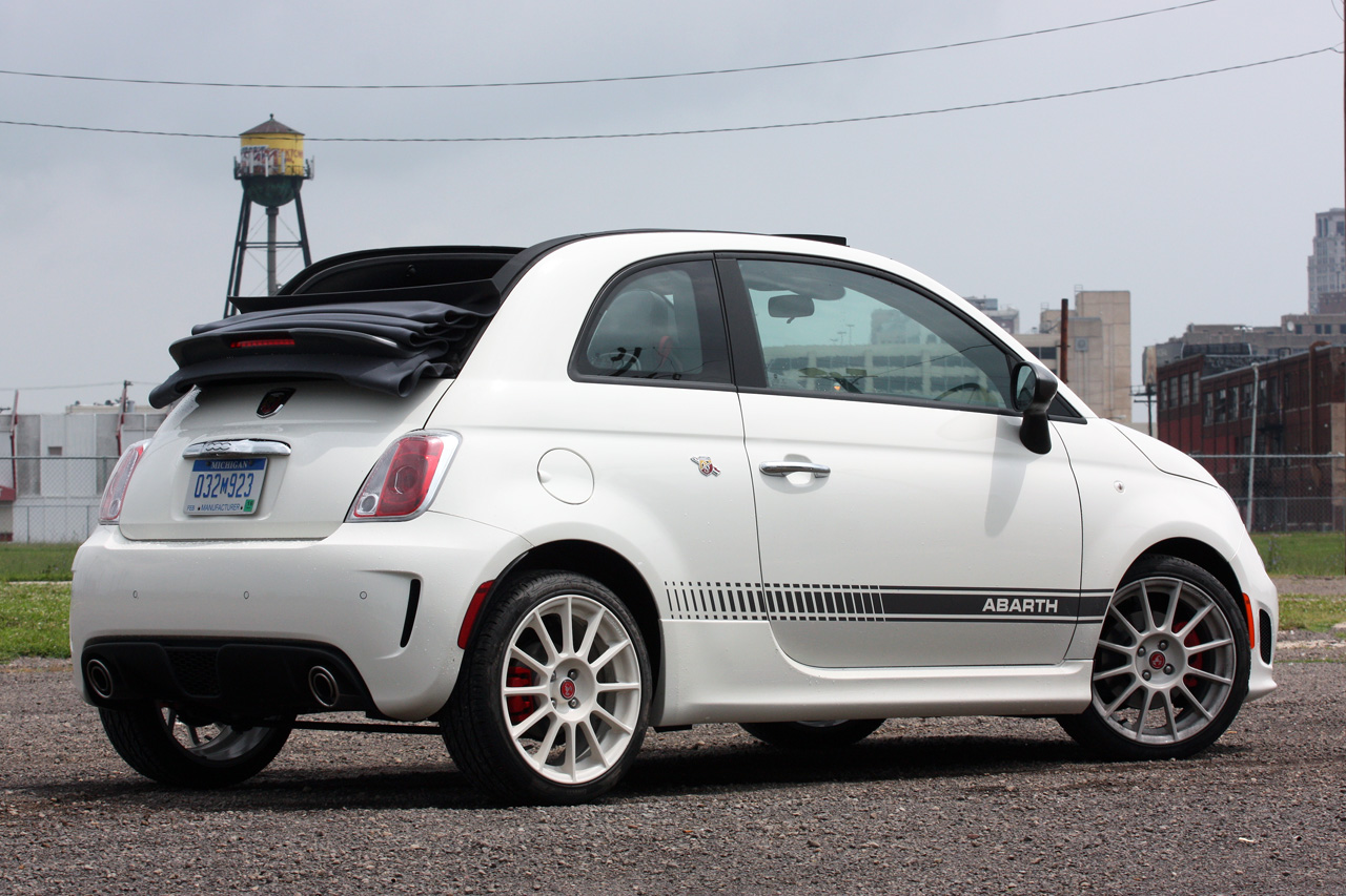 2013 Fiat 500 Abarth Cabrio Quick Spin Photo Gallery