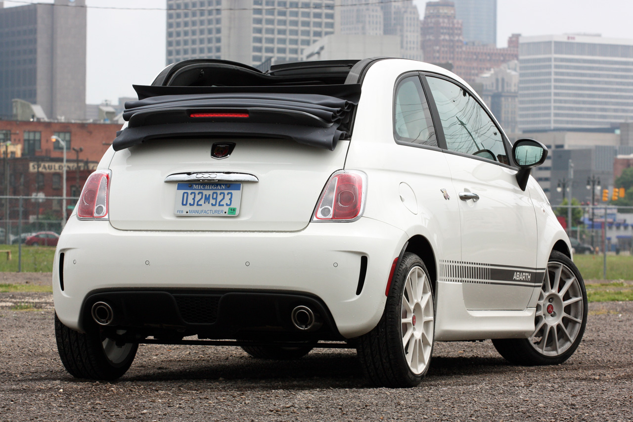 2013 fiat 500 abarth cabrio quick spin photo gallery. Black Bedroom Furniture Sets. Home Design Ideas